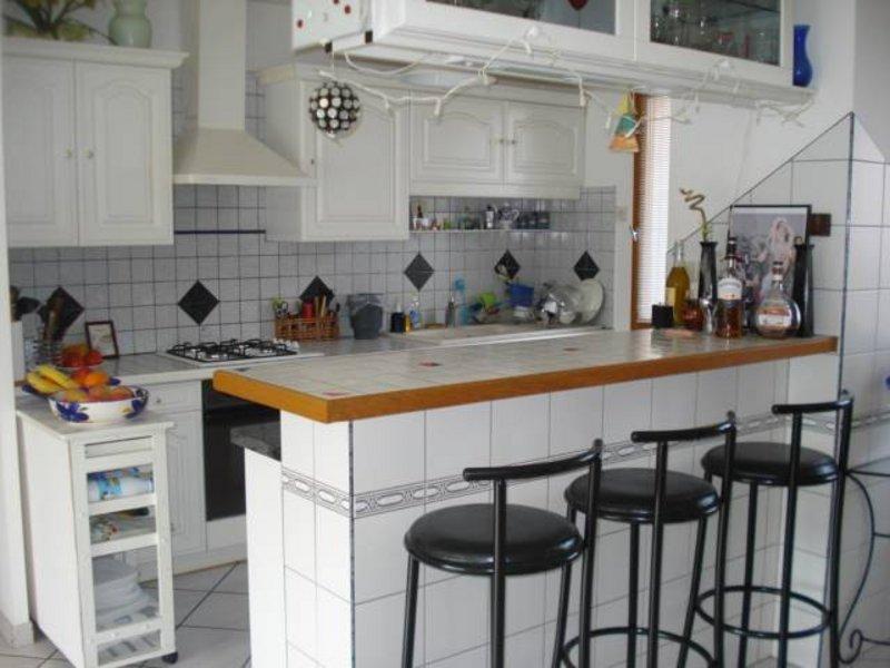 Vente maison<br />Nombre de pièce : 8<br />200 m² sur Dijon