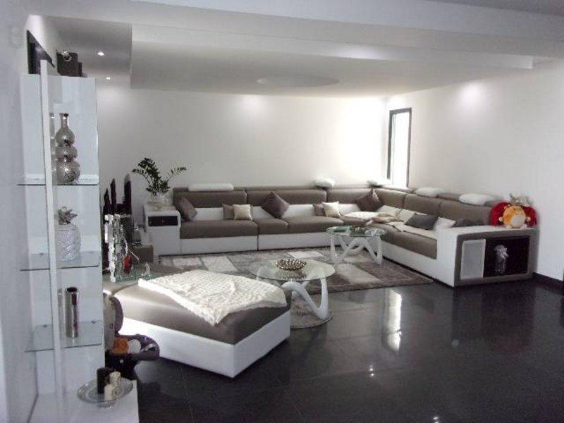 Vente maison<br />Nombre de pièce : 7<br />172 m² sur Perrigny Les Dijon