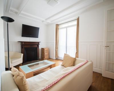 Vente T2 44 m² à Paris-15eme-Arrondissement 469 000 €