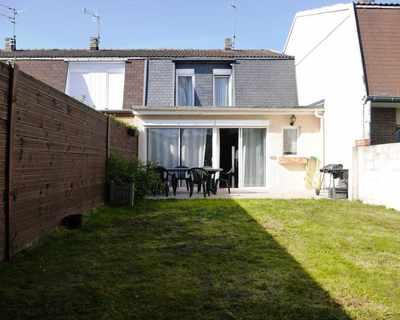 Square habitat roncq agence immobili re roncq 59223 for Garage rue du dronckaert roncq