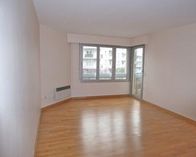 Vente Appartement 46 m² à Courbevoie 168 000 €