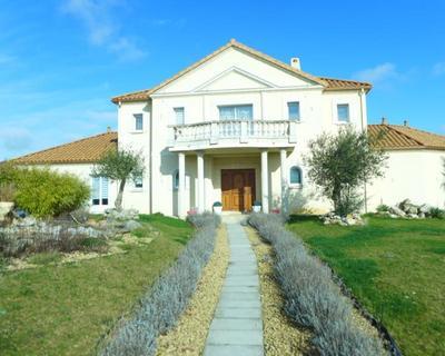 Vente Propriété 284 m² à Champigny 745 000 €