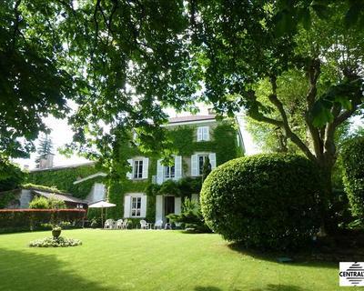 Vente Maison de maître 460 m² à Fontaines St Martin 1 460 000 €