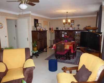 Vente Appartement 65 m² à Nimes 83 000 €