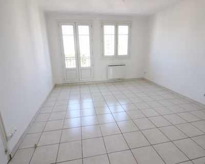Vente Appartement 55 m² à Marseille 122 600 €