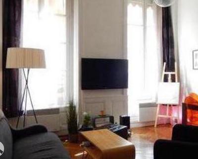 Vente T2 60 m² à Lyon-1er-Arrondissement 305 000 €