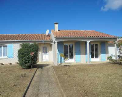 Vente Maison 96 m² à Port des Barques 241 500 €
