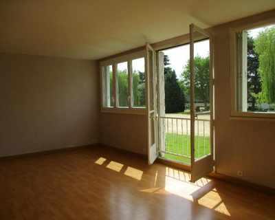 Vente Appartement 69 m² à Saint-Cyr-sur-Loire 81 400 €