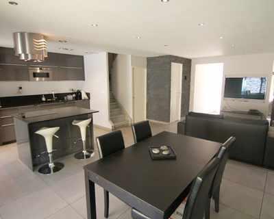 Vente Maison 85 m² à Vitrolles 255 000 €