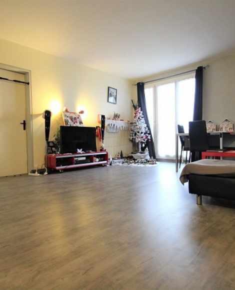 Vente Appartement 72 m² à Reims 98 000 €