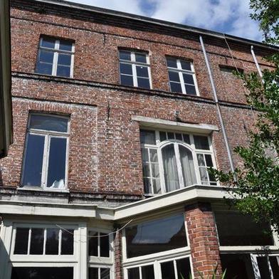 Maison 7 pièces 230 m²