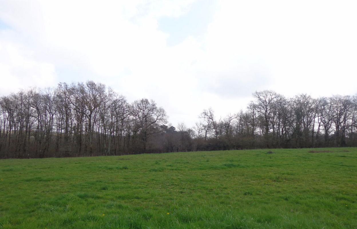 Terrain 1600 m²