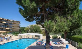 Location appartement 1 pièce Saint-Laurent-du-Var (06700) 850 € CC /mois
