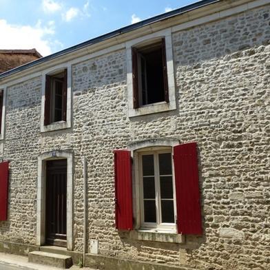 Maison 11 pièces 283 m²
