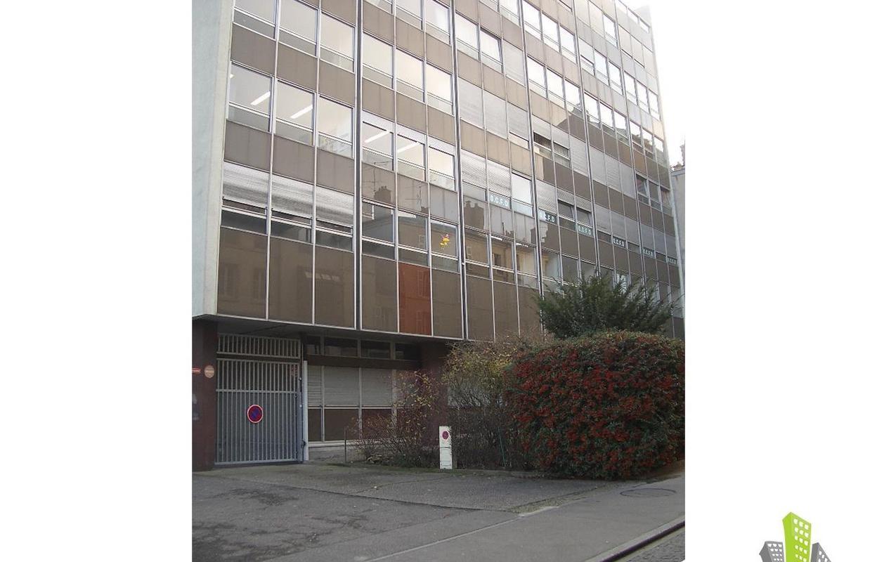 Bureau 1200 m²