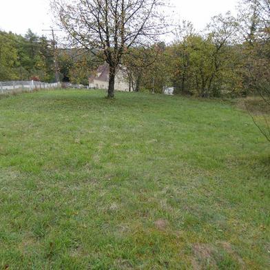 Terrain 679 m²