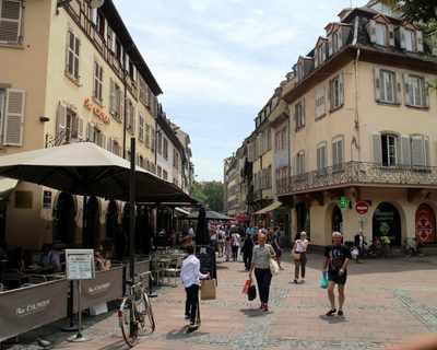 Vente Appartement 72 m² à Strasbourg 256 700 €
