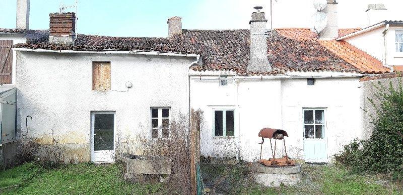 photo de Lot de deux maisons à rénover.