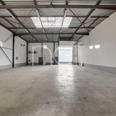 Bureau 415 m²