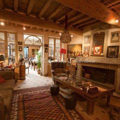 Maison 8 pièces 350 m²