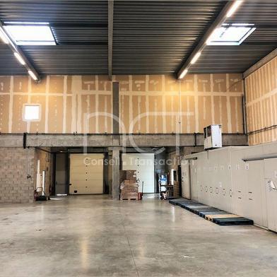 Bureau 720 m²