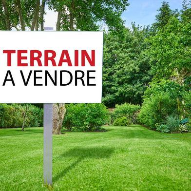 Terrain 900 m²