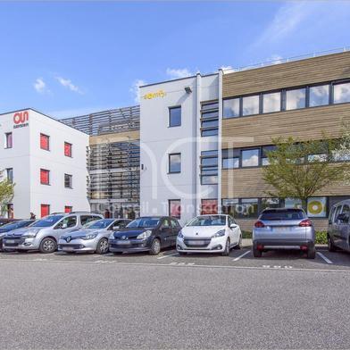 Bureau 3033 m²