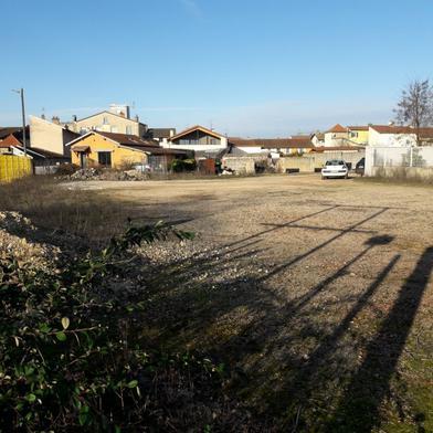 Terrain 1231 m²