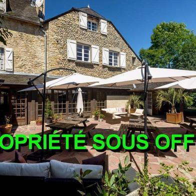 Maison 22 pièces 996 m²
