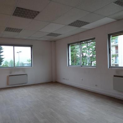 Commerce 165 m²