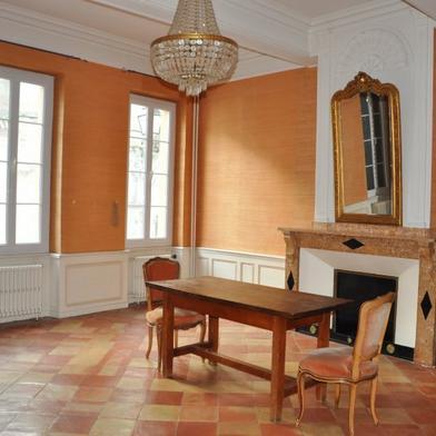 Maison 9 pièces 288 m²