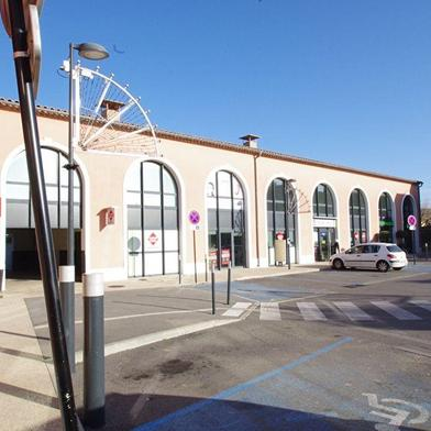 Commerce 104 m²