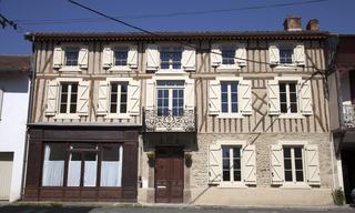 Achat maison 11 pièces Castelnau-Magnoac (65230) 260 000 €
