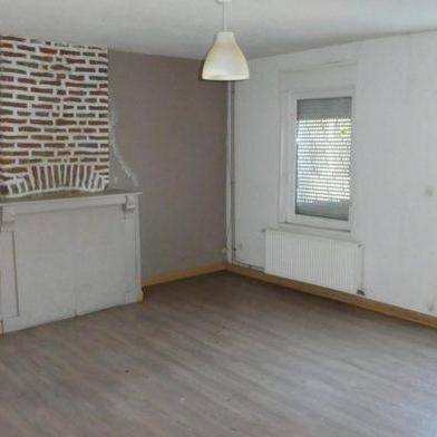 Maison 2 pièces 77 m²