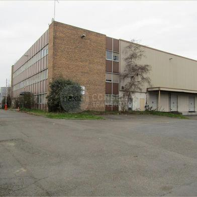 Local industriel 6709 m²