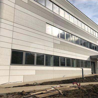 Local industriel 487 m²