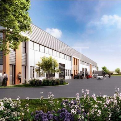 Local industriel 2640 m²