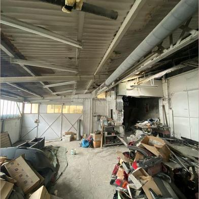 Local industriel 650 m²