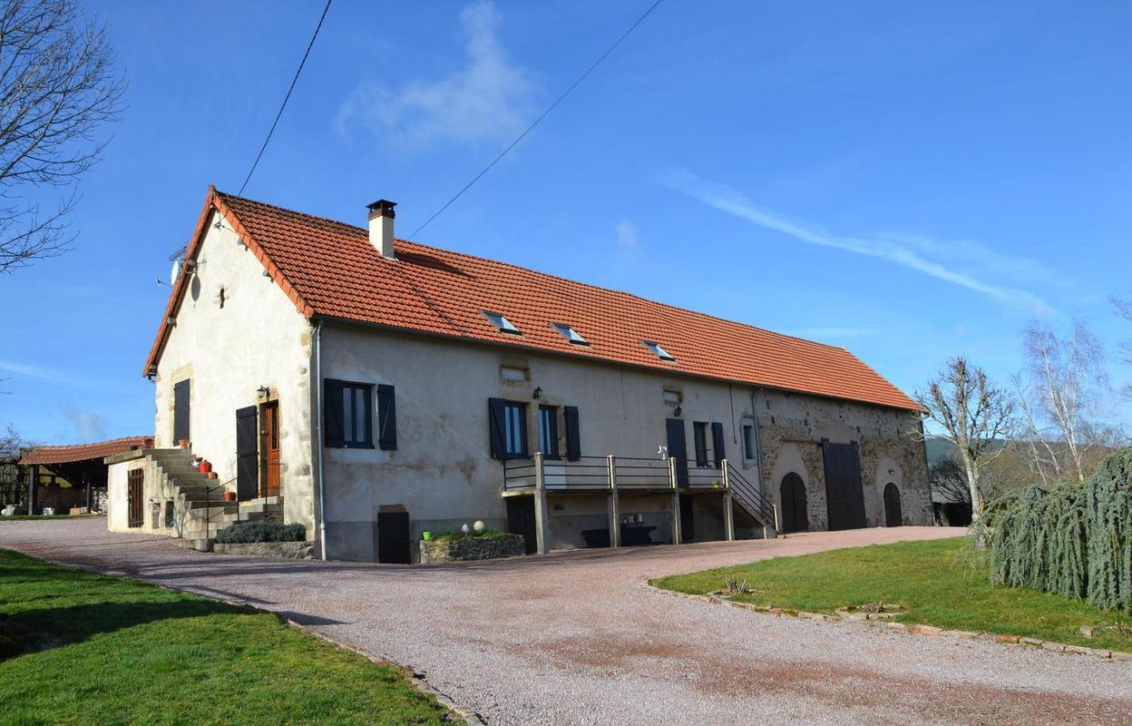 Maison 10 pièces 334 m²