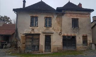 Achat maison 11 pièces Lacapelle Marival (46120) 30 000 €