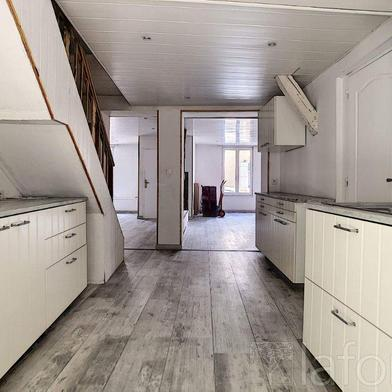 Maison 6 pièces 179 m²