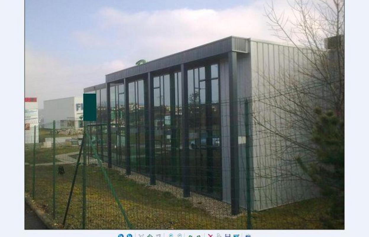 Local industriel 632 m²