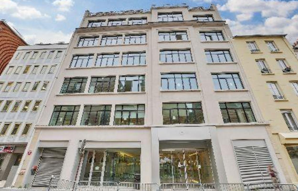 Bureau 860 m²