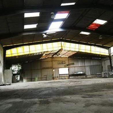 Local industriel 600 m²