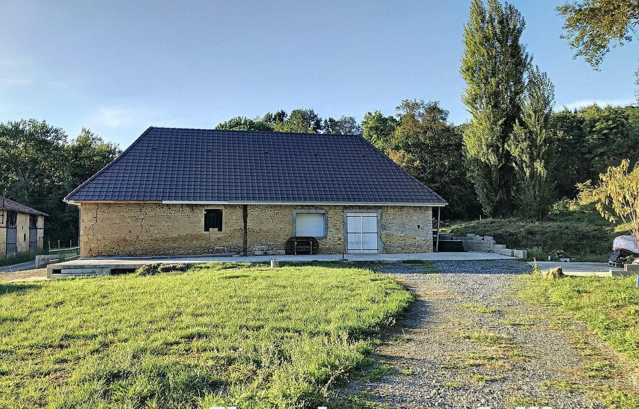 Maison 6 pièces 245 m²