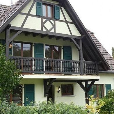 Maison 8 pièces 230 m²