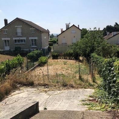 Terrain 236 m²