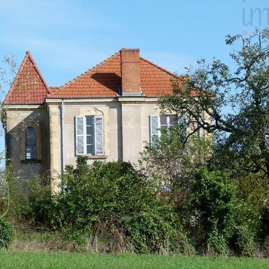 Maison 12 pièces 398 m²