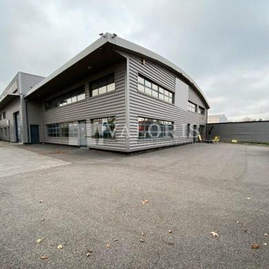 Commerce 990 m²