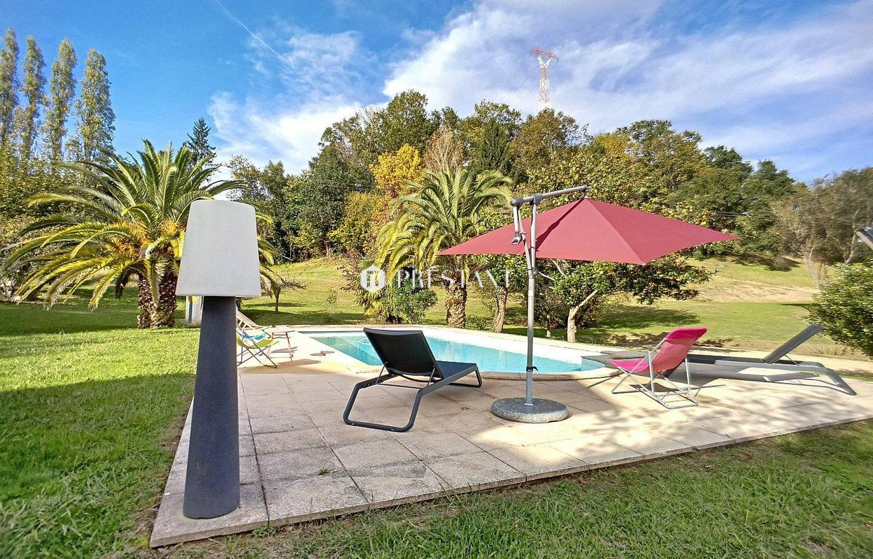 Maison pour les vacances 13 pièces 400 m²